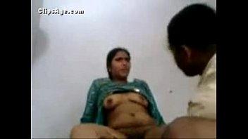 Студент трахает однокурсницу со спортивной аналом рачком и она ласкает его хуй до спермы